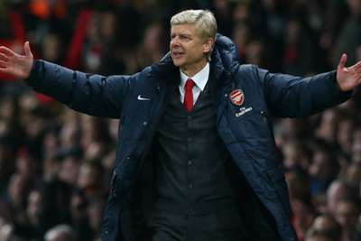 Arsenal mark Arsene Wenger's big day with win at Crystal Palace