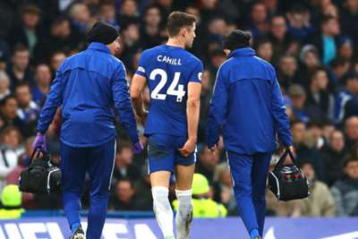 Chelsea star hobbles off after suspected hamstring injury