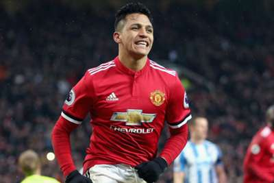Alexis Sanchez Sets Shirt Sales Record Amidst United Financial Loss