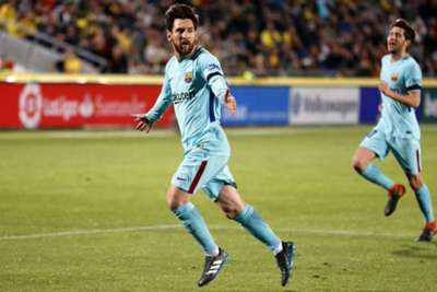 Barcelona frustrated by plucky Las Palmas after stunning Messi opener