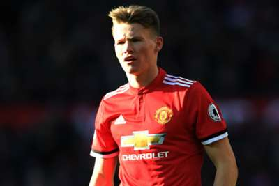 Manchester United midfielder Scott McTominay called up by Scotland after England snub