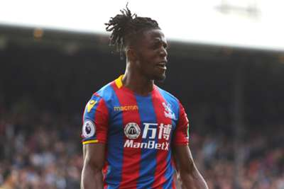 Two-goal Zaha helps Palace triumph in Selhurst goal fest