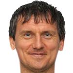 Yury  Kolomyts
