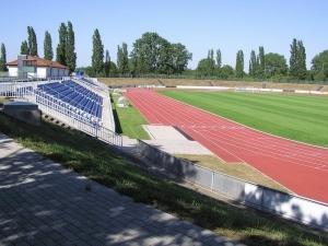 Friedrich-Moebus-Stadion