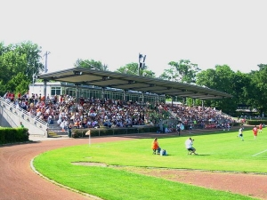 Stadion am Brentanobad, Frankfurt am Main