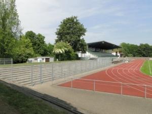 Rhein-Stadion