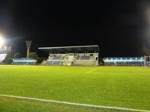 Stadium Padang dan Balapan