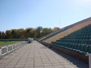 Stadyen DYuSSh-1