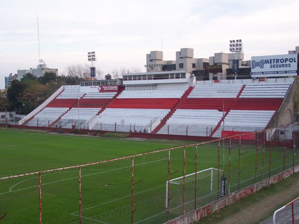 Estadio Francisco Urbano, Morón, Provincia de Buenos Aires