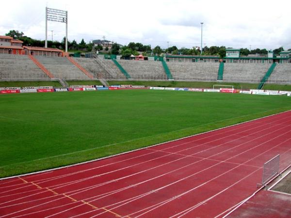 Estadio Cementos Progreso, Ciudad de Guatemala