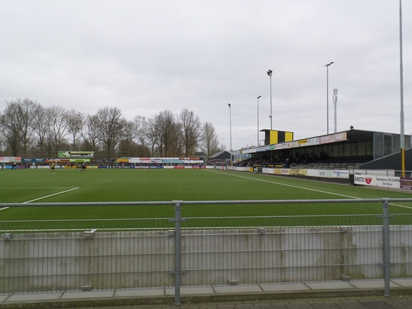 Sportpark De Maten (DOS), Kampen
