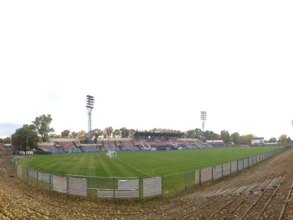 Stadion Miejski, Opole