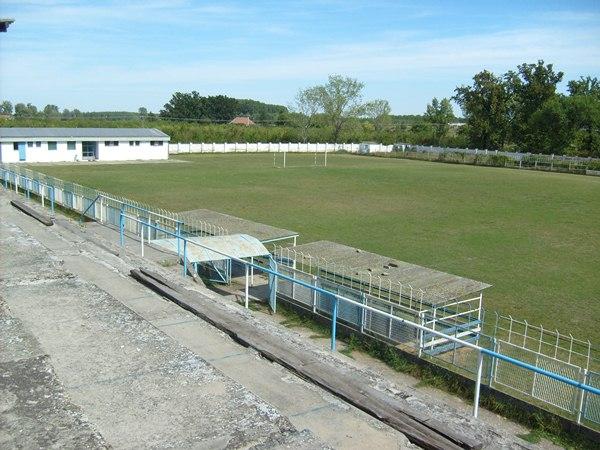 Gradski stadion kraj Tise, Bečej