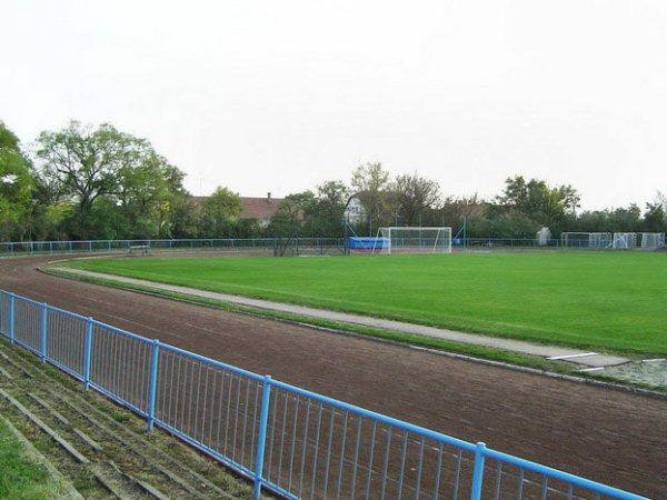Gyulai Városi Sporttelep, Gyula