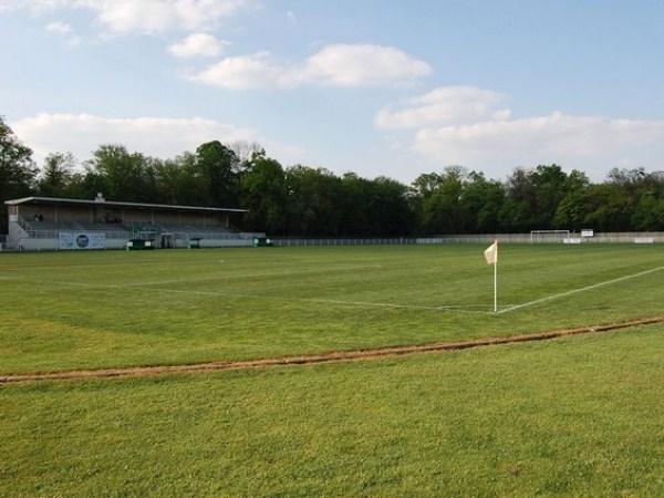 Stade des Bourgognes, Vineuil-Saint-Firmin