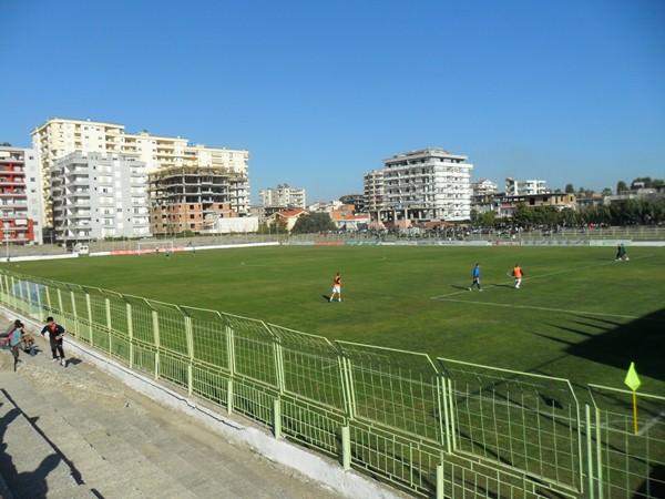 Stadiumi Loni Papuçiu, Fieri