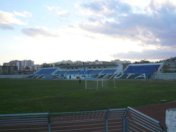 Stadiumi Niko Dovana, Durrës