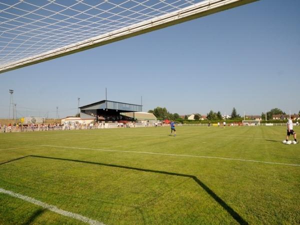 Stade de Dampierre-sur-Salon, Dampierre-sur-Salon