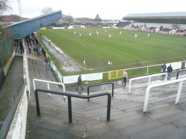Stade de la Neuville, Charleroi