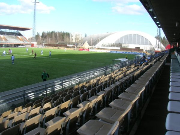 Myyrmäen jalkapallostadion, Vantaa
