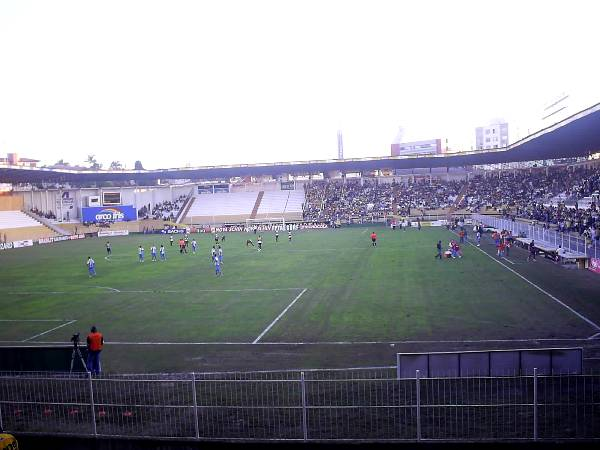Estádio Heriberto Hülse, Criciúma, Santa Catarina