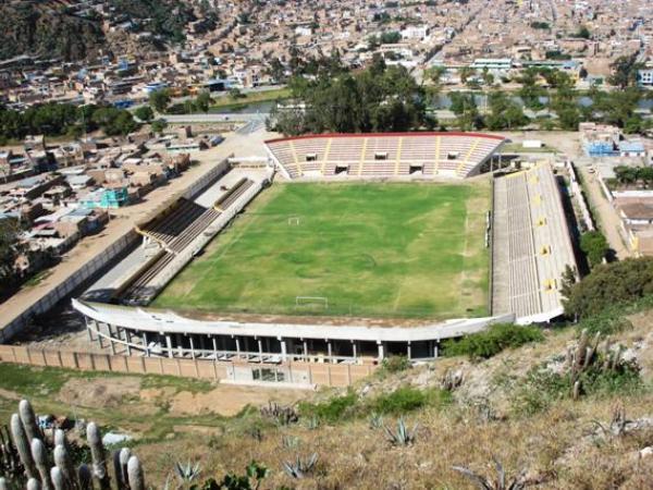Estadio Heraclio Tapia León, Huánuco