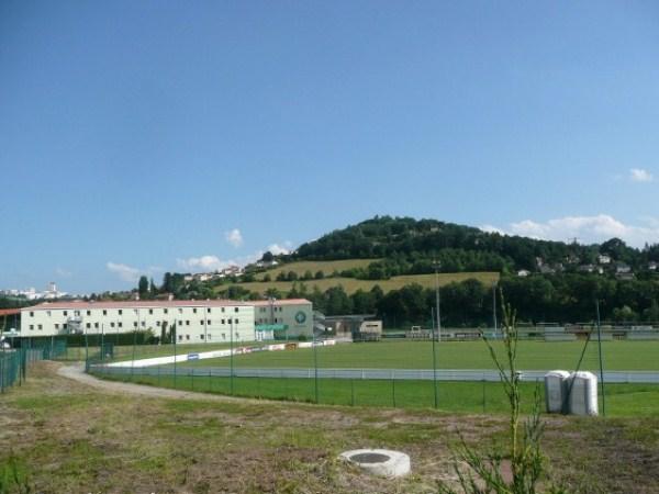 Stade Aimé Jacquet, L'Etrat