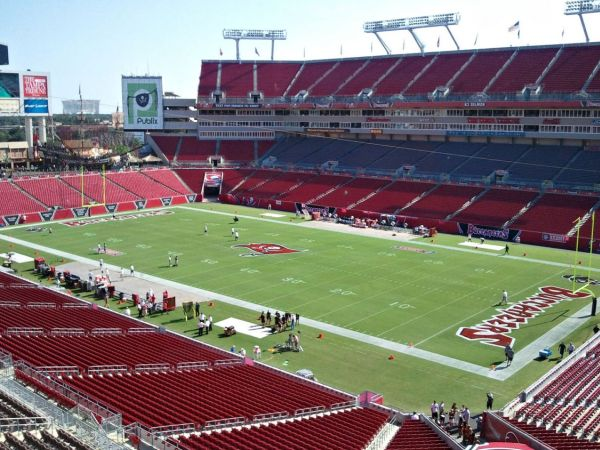 Raymond James Stadium, Tampa, Florida