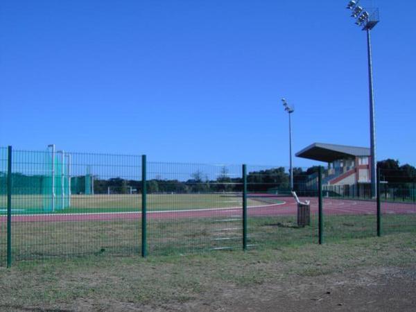 Stade Yoshida, Koné