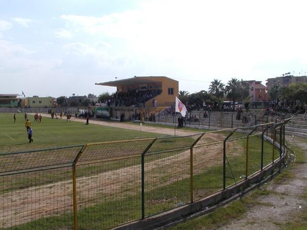 Stadiumi Roza Haxhiu, Lushnjë