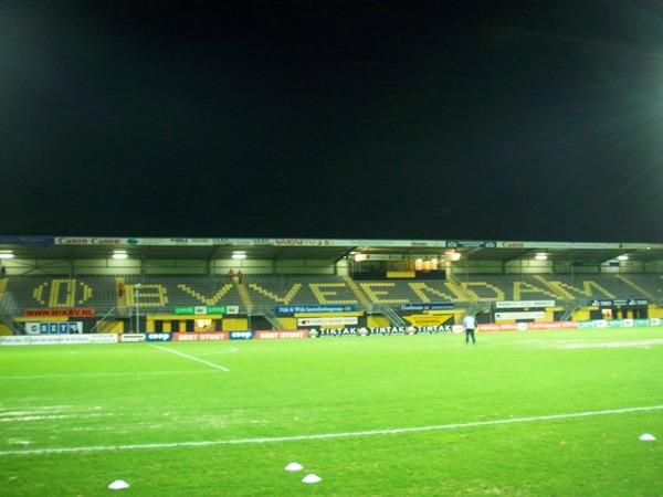 Gjaltema Stadion aan De Langeleegte, Veendam