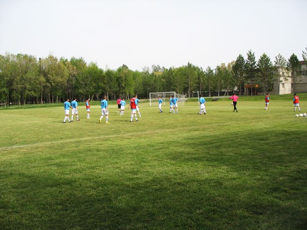 Stadion Sportkompleks Abdysh-Ata, Kant