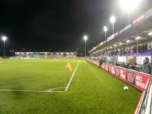 Yanmar Stadion, Almere