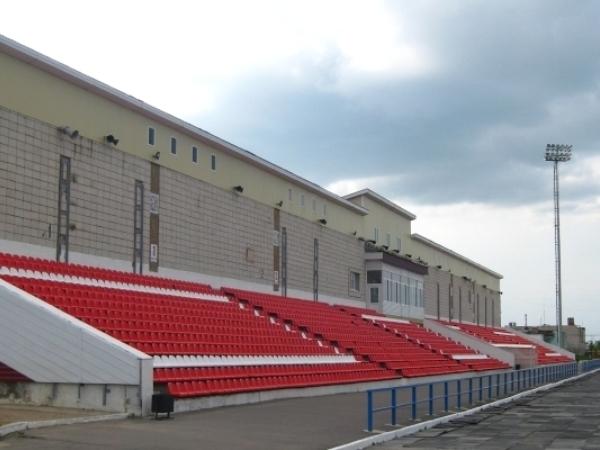 Stadion Urozhaj, Karavaevo