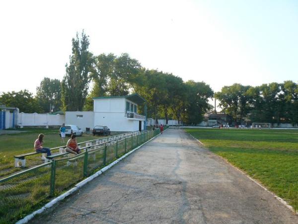 Stadionul Locomotiv, Bălţi