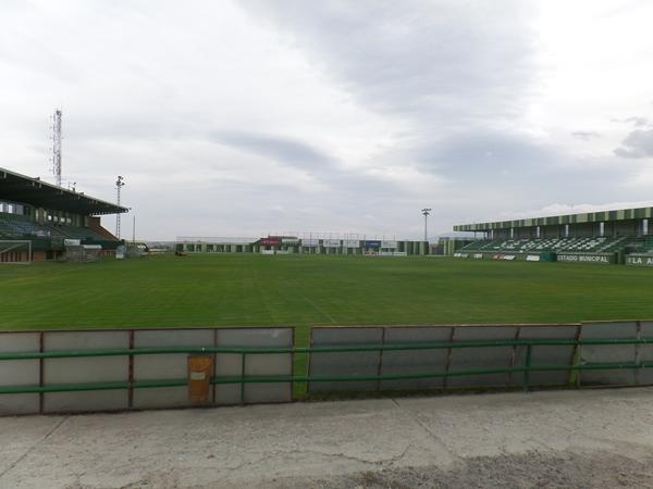 Estadio Municipal de La Albuera, Segovia