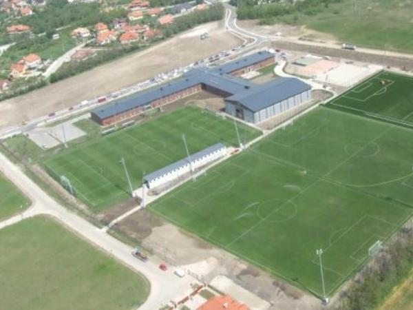 Globall Football Park, Telki