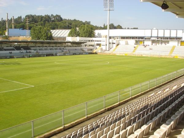 Parque Desportivo Comendador Joaquim de Almeida Freitas, Moreira de Cónegos