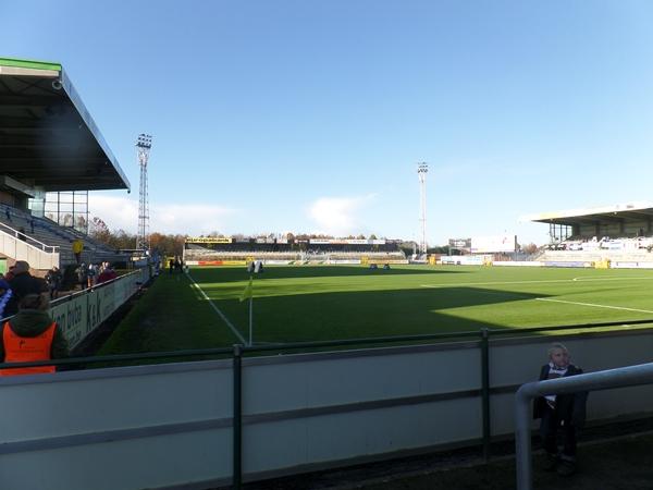 Stadion De Leunen, Geel
