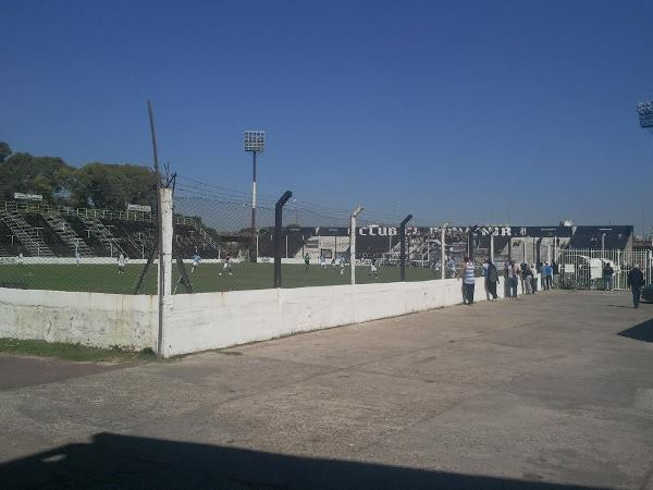 Estadio Gildo Francisco Ghersinich, Gerli, Provincia de Buenos Aires