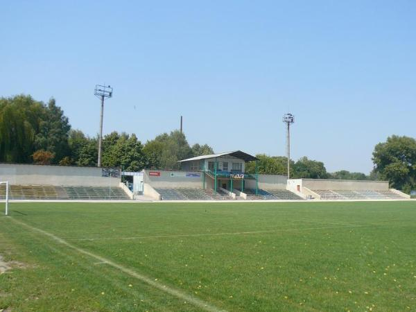 Stadionul Glodeni, Glodeni
